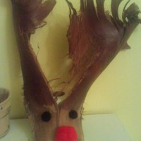 Upcycling Nature: Rudolph the Red-Nosed Reindeer {Craft}