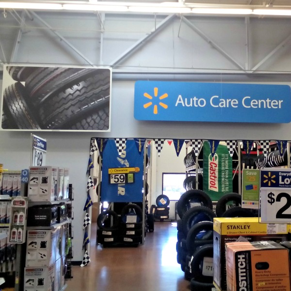 Run errands while your car is cared for at Walmart Auto Care Center #DropShopAndOil #CollectiveBias #Ad